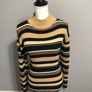 Basic Editions Pull over sweater size small